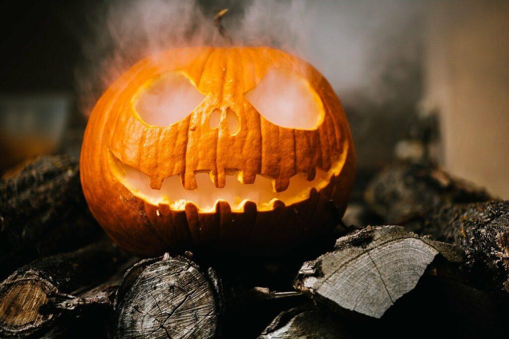 Atelier creation masque Halloween Noirmoutier